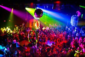 soiree dansante du Cyprea Club à 2h du mat!!!